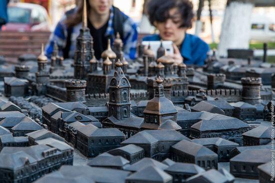 Bronze monument Miniature Tula, Russia, photo 6