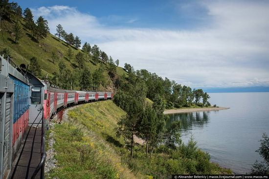 The train ride along Lake Baikal, Russia, photo 1