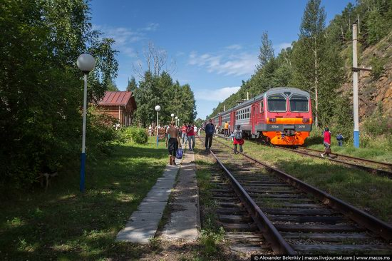 The train ride along Lake Baikal, Russia, photo 10