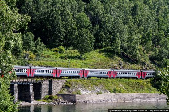 The train ride along Lake Baikal, Russia, photo 14