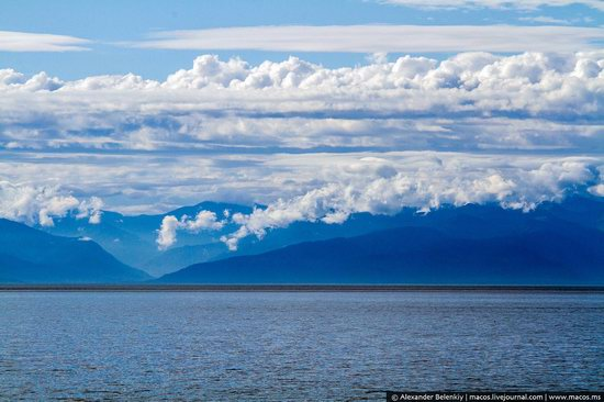 The train ride along Lake Baikal, Russia, photo 3