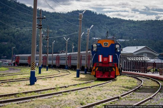 The train ride along Lake Baikal, Russia, photo 7