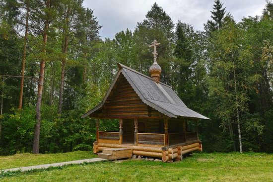 Wooden Architecture Museum Malye Korely, Russia, photo 11