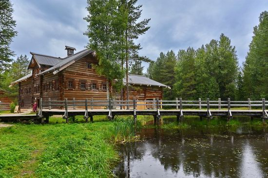 Wooden Architecture Museum Malye Korely, Russia, photo 2