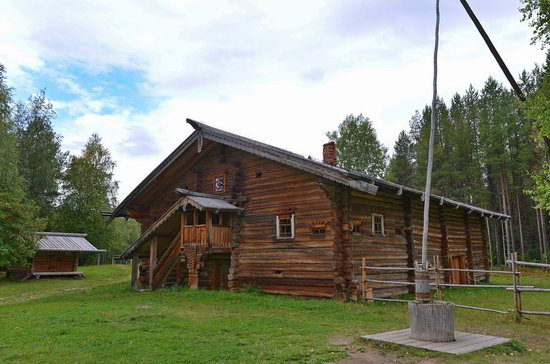 Wooden Architecture Museum Malye Korely, Russia, photo 22