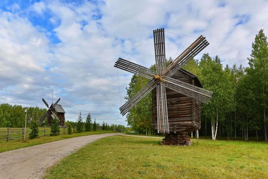 Wooden Architecture Museum Malye Korely, Russia, photo 4