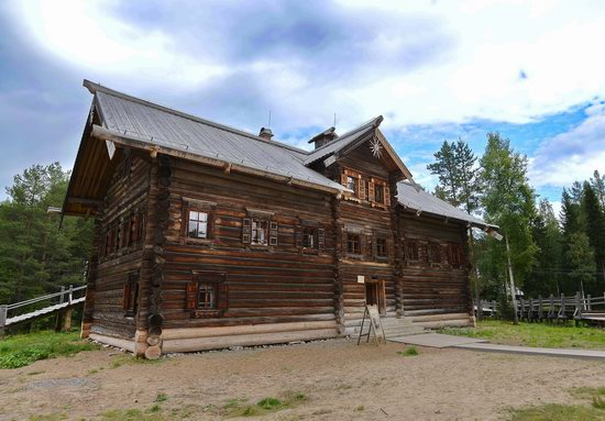 Wooden Architecture Museum Malye Korely, Russia, photo 9