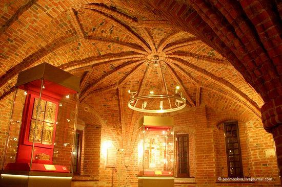 Chamber of Facets, Veliky Novgorod Kremlin, Russia, photo 4