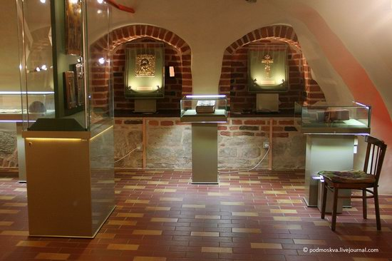 Chamber of Facets, Veliky Novgorod Kremlin, Russia, photo 5