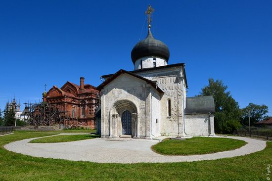 St. George Cathedral in Yuryev-Polsky, Russia, photo 1