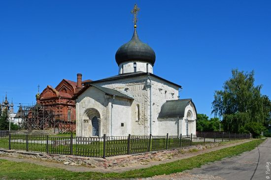 St. George Cathedral in Yuryev-Polsky, Russia, photo 4
