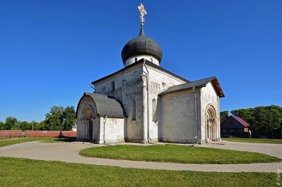 St. George Cathedral in Yuryev-Polsky, Russia, photo 5