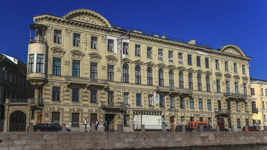 Boat trip along the canals of St. Petersburg, Russia, photo 14