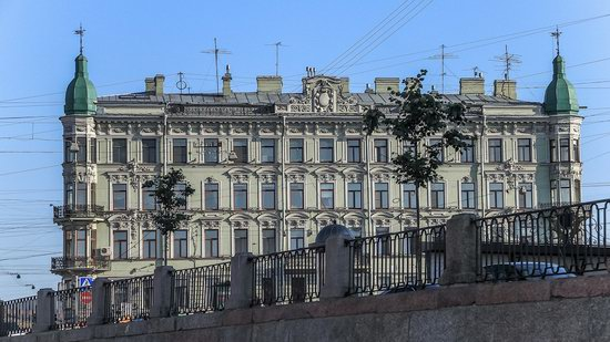 Boat trip along the canals of St. Petersburg, Russia, photo 15