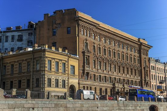 Boat trip along the canals of St. Petersburg, Russia, photo 19