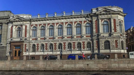 Boat trip along the canals of St. Petersburg, Russia, photo 21