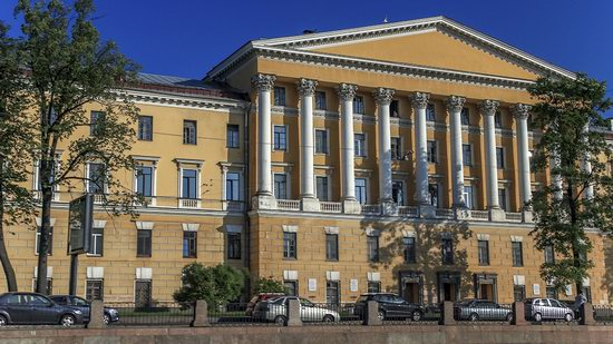 Boat trip along the canals of St. Petersburg, Russia, photo 24