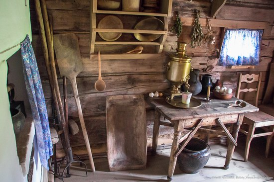 Museum of wooden architecture in Suzdal, Russia, photo 14