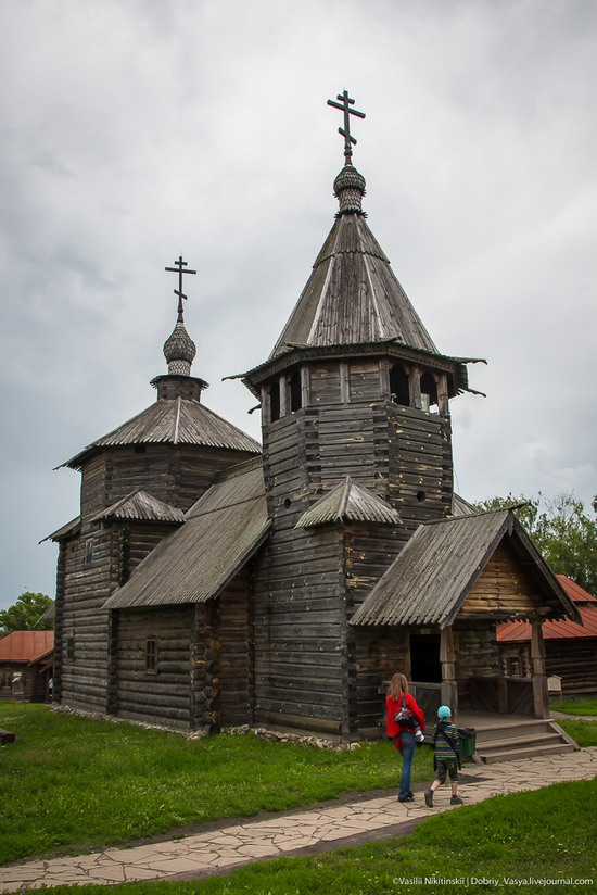 Museum of wooden architecture in Suzdal, Russia, photo 3