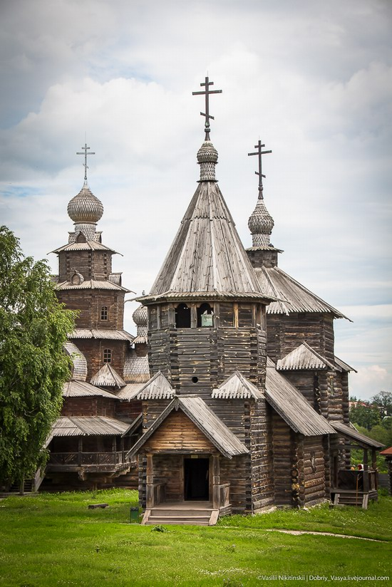 Museum of wooden architecture in Suzdal, Russia, photo 5