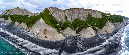 Amazing nature of Iturup Island, Russia, photo 11