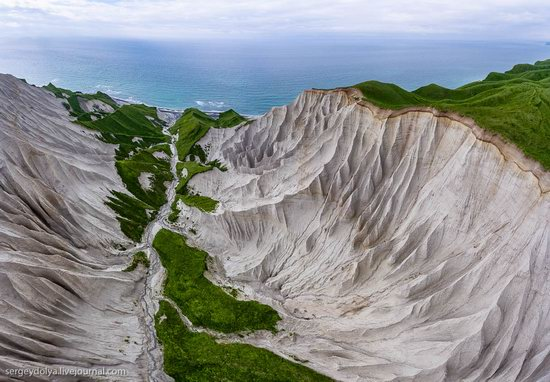 Amazing nature of Iturup Island, Russia, photo 17