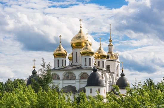 Assumption Cathedral in Dmitrov, Russia, photo 1