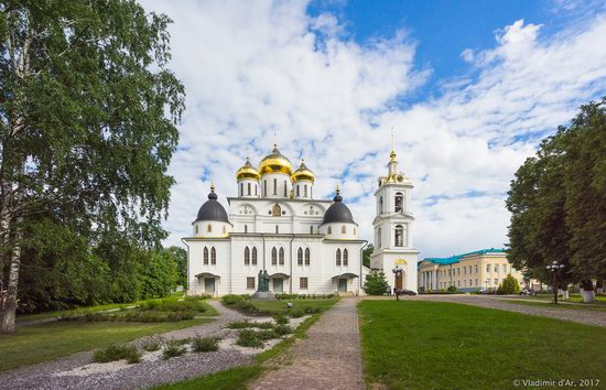 Assumption Cathedral in Dmitrov, Russia, photo 4