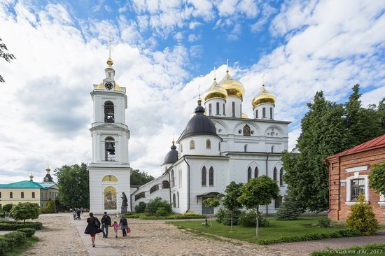 Assumption Cathedral in Dmitrov, Russia, photo 6