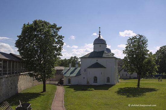 Izborsk - one of the oldest towns in Russia, photo 13