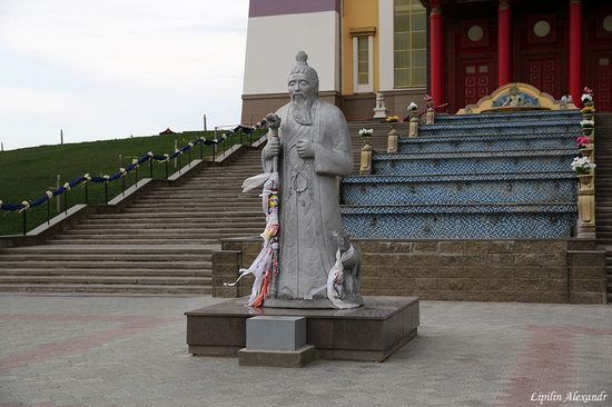 Walking the streets of Elista, Russia, photo 4