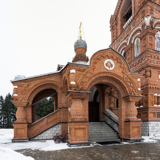 Holy Cross Church in Darna, Moscow region, Russia, photo 9