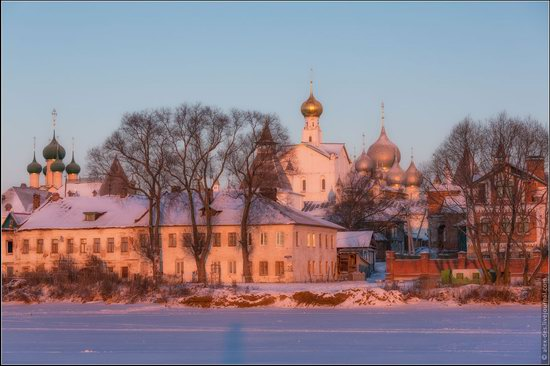 Frosty day in the Rostov Kremlin, Russia, photo 11