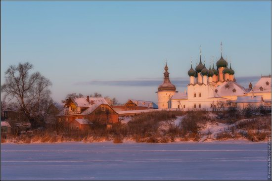 Frosty day in the Rostov Kremlin, Russia, photo 13