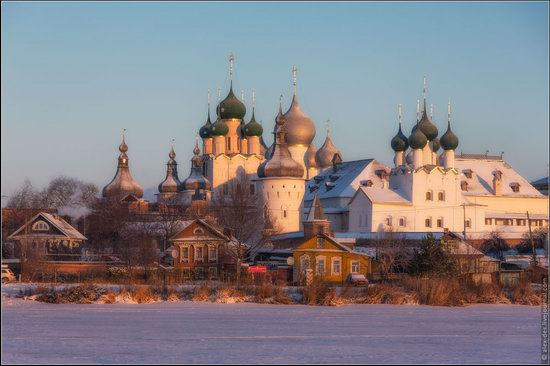 Frosty day in the Rostov Kremlin, Russia, photo 15