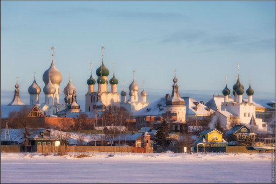 Frosty day in the Rostov Kremlin, Russia, photo 16