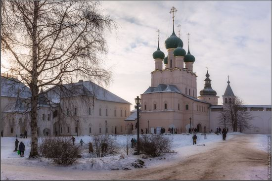 Frosty day in the Rostov Kremlin, Russia, photo 22
