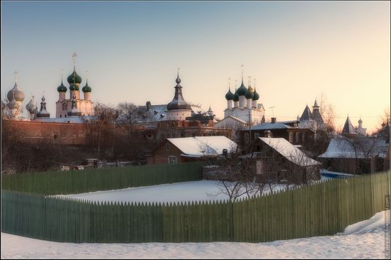 Frosty day in the Rostov Kremlin, Russia, photo 4