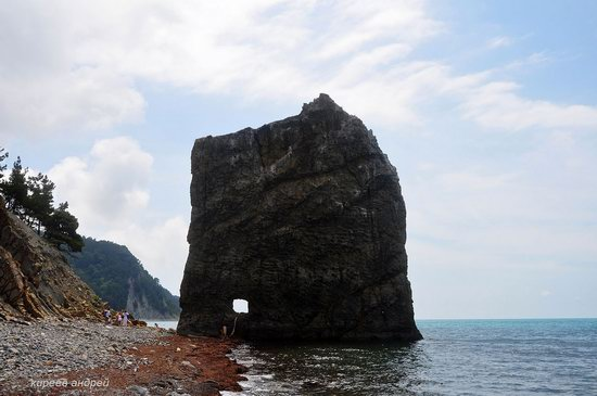 Parus (Sail) Rock near Gelendzhik, Russia, photo 11
