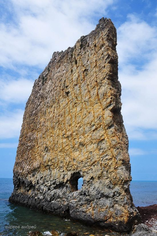 Parus (Sail) Rock near Gelendzhik, Russia, photo 12
