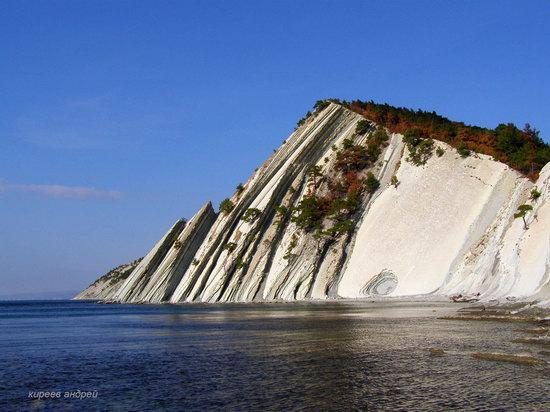 Parus (Sail) Rock near Gelendzhik, Russia, photo 13