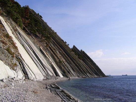 Parus (Sail) Rock near Gelendzhik, Russia, photo 14
