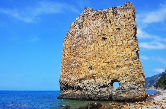 Parus (Sail) Rock near Gelendzhik, Russia, photo 7