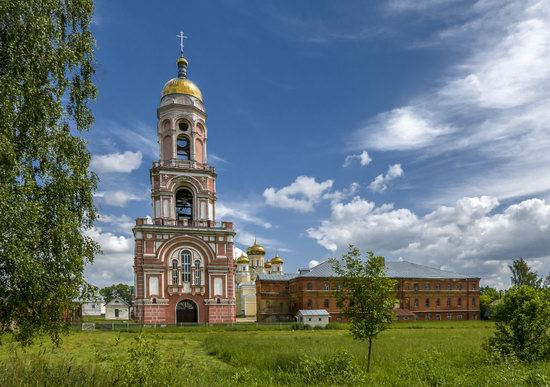 Kazan Convent in Vyshny Volochyok, Russia, photo 2