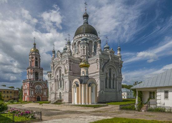 Kazan Convent in Vyshny Volochyok, Russia, photo 5