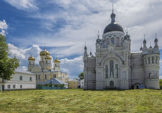 Kazan Convent in Vyshny Volochyok, Russia, photo 8
