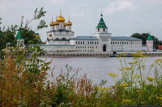 Ipatiev Monastery in Kostroma, Russia, photo 1