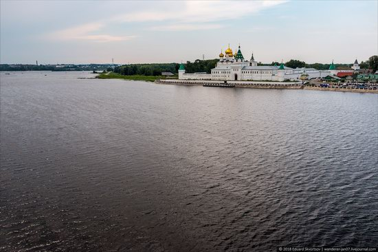 Ipatiev Monastery in Kostroma, Russia, photo 2