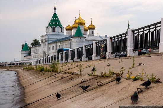 Ipatiev Monastery in Kostroma, Russia, photo 5