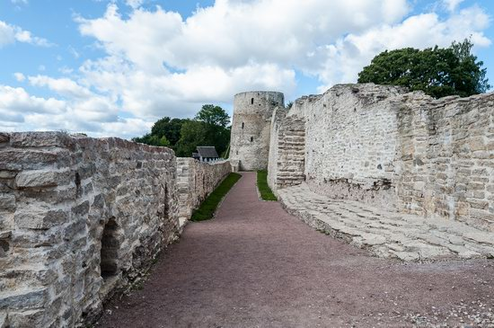 Izborsk Fortress, Russia, photo 6